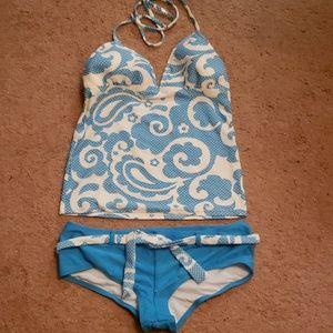 Blue paisley print two piece swimsuit sz md
